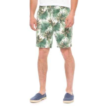 Slate & Stone Ross Novelty Print Shorts (For Men) in White Palm - Overstock