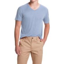 Slate & Stone Stuart Linen V-Neck T-Shirt - Short Sleeve (For Men) in Light Blue - Closeouts