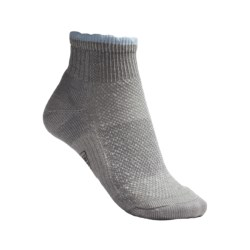SmartWool Hiking Ultralight Mini Socks - Merino Wool, Quarter Crew (For Women) in Grey