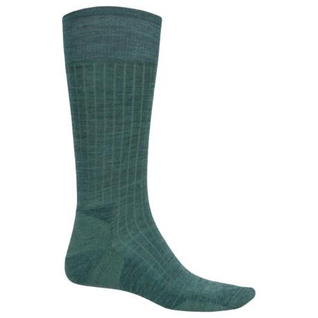 SmartWool New Classic Rib Casual Socks - Crew (For Men) in Sea Pine