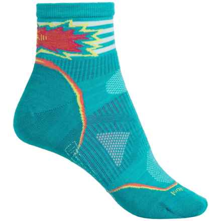 SmartWool PhD Cycle Pattern Socks - Merino Wool, Quarter Crew (For Women) in Capri - 2nds