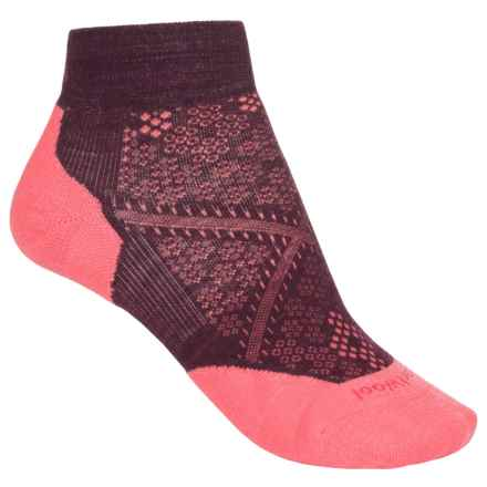 SmartWool PhD Run Elite Low-Cut Socks - Merino Wool, Ankle (For Women) in Aubergine/Bright Coral - Closeouts