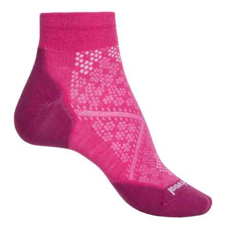 SmartWool PhD Run Elite Low-Cut Socks - Merino Wool, Ankle (For Women) in Bright Pink - Closeouts