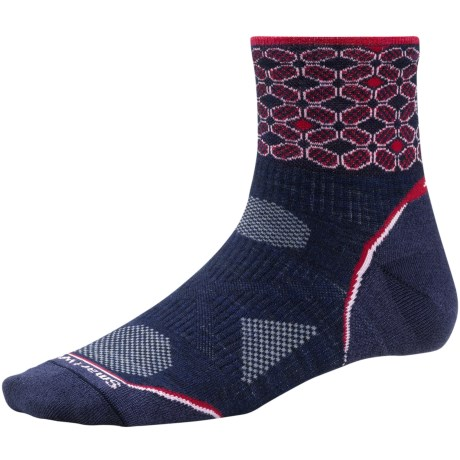 SmartWool PhD Ultralight Run Socks - Merino Wool, Quarter Crew (For Women) in Navy/Persian Red