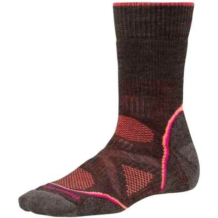 SmartWool PhD V2 Outdoor Socks - Merino Wool, Crew (For Women) in Chestnut - Closeouts