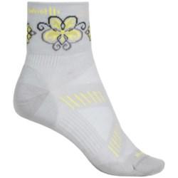 SmartWool PhD V2 Ultralght Mini Cycling Socks - Merino Wool, Quarter Crew (For Women) in Silver/Amarillio
