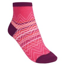 SmartWool Squiggle Stripe Socks - Merino Wool, Quarter-Crew (For Women) in Peony - 2nds