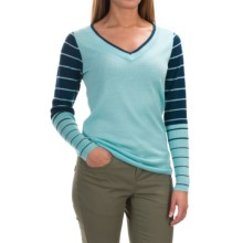 SmartWool Stripe Sweater - Merino Wool, V-Neck (For Women) in Clearwater - Closeouts