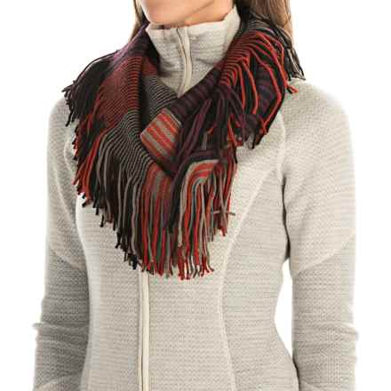 SmartWool Tabaretta Fringe Scarf - Merino Wool (For Women) in Taupe - Closeouts