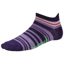SmartWool Yipes Stripes Low Socks - Merino Wool (For Women) in Imperial Purple - 2nds