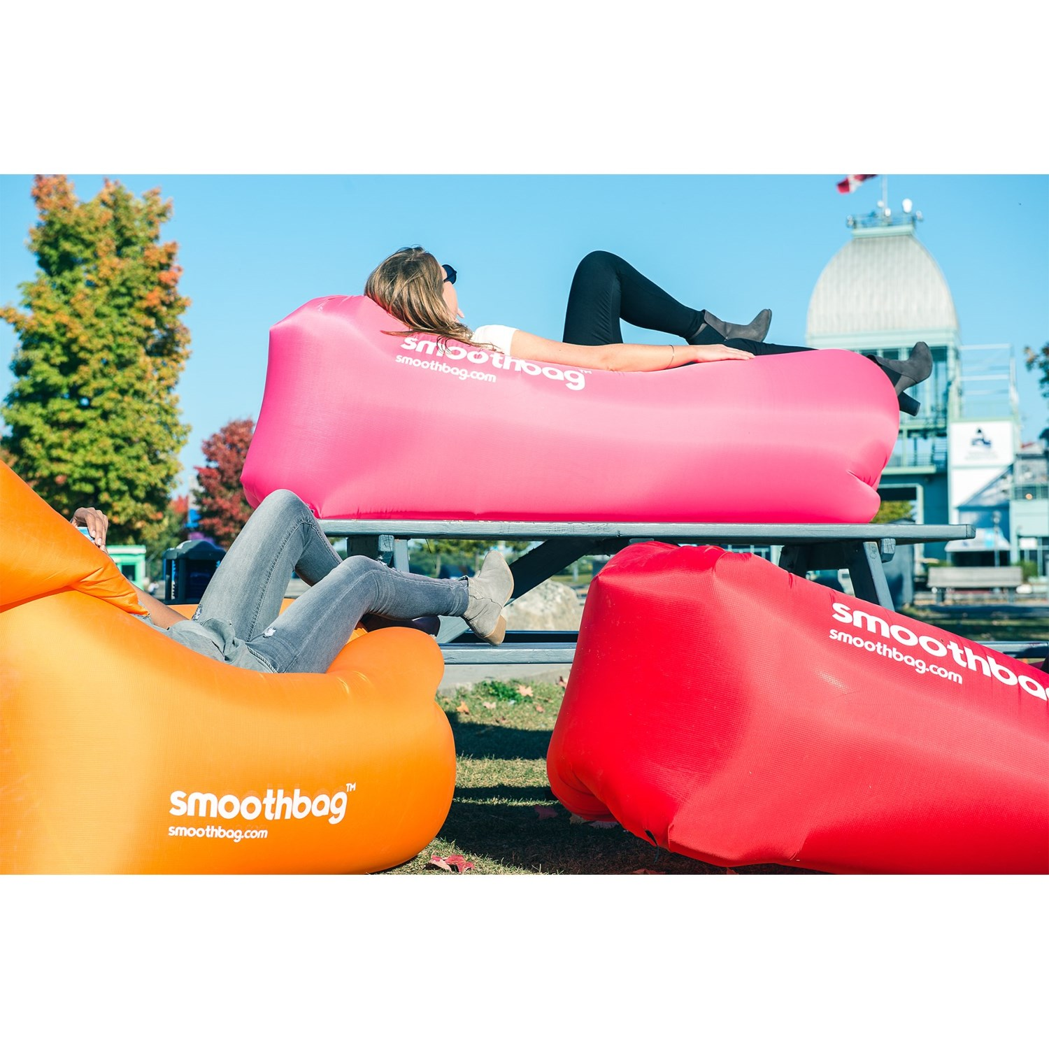 Inflatable Sofa Review: Smoothbag Portable Inflatable Lounging Sofa