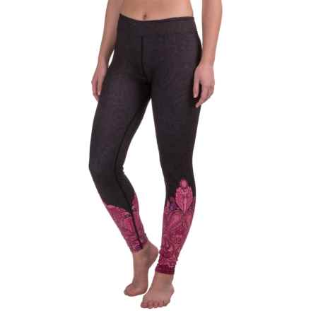 Snow Angel Veluxe Power Paisley Leggings (For Women) in Black/Hot Pink - Closeouts
