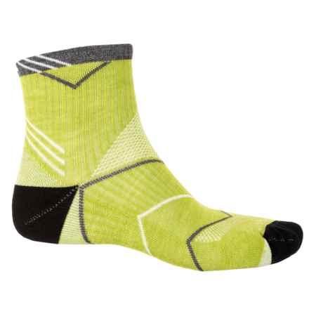 Sockwell Incline Quarter Socks - Merino Wool Blend, Quarter Crew (For Men) in Limelight - Closeouts