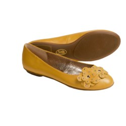 Sofft Botija Shoes - Flats, Leather (For Women) in Luggage Tan