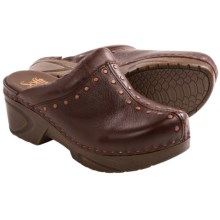 Sofft Cait Clogs - Leather (For Women) in Hero Brown - Closeouts