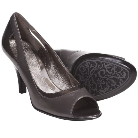 Sofft Gemini Pumps - Leather, Peep Toe (For Women) in Metallic Navy
