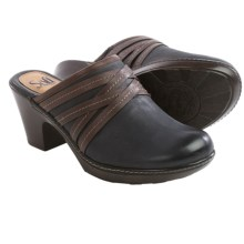 Sofft Leigh Leather Clogs (For Women) in Bluegrass - Closeouts