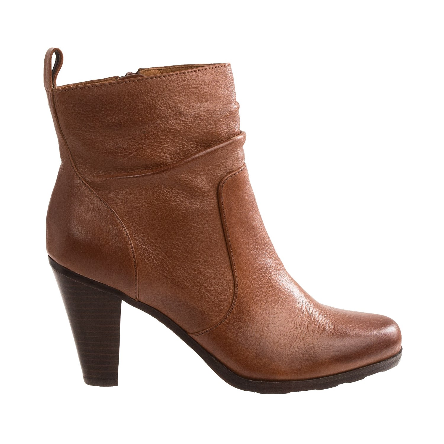See all results for sofft boots. Söfft Sofft - Womens - welling. by Söfft. $ - $ $ 49 $ 97 Prime. FREE Shipping on eligible orders. Some sizes/colors are Prime eligible. out of 5 stars Product Description A modern take on the iconic Chelsea boot, with a chic block heel.