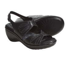 Soft Walk Melo Sandals (For Women) in Black - Closeouts