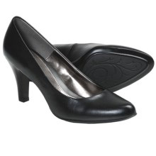Softspots Chelle Pumps (For Women) in Black - Closeouts