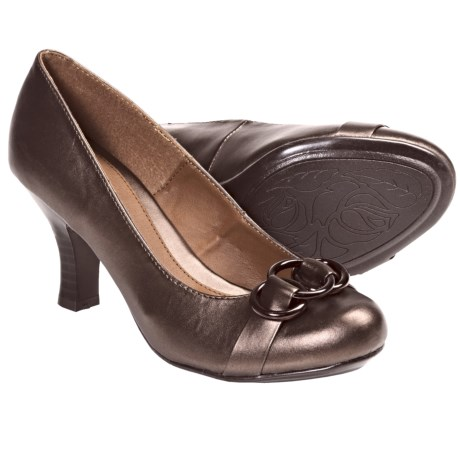 Softspots Kiley Pumps (For Women) in Copper