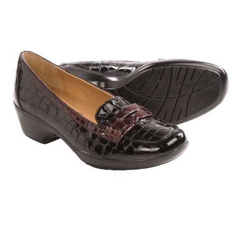 Softspots Maven Penny Loafer Shoes (For Women) in Black/Brown Croco Patent