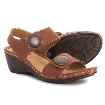 Softspots Pamela Sandals - Leather (For Women) in Nutmeg - Closeouts
