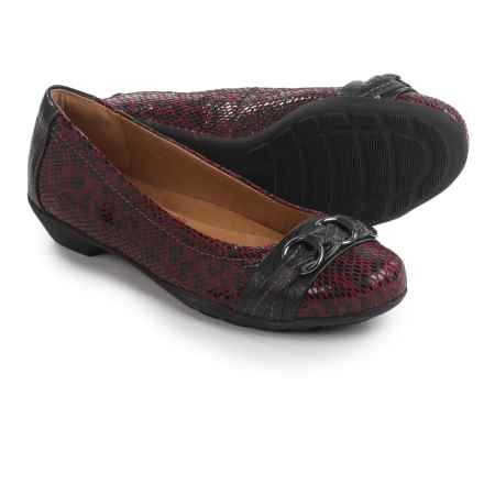 SoftSpots Posie Shoes - Leather, Slip-Ons (For Women) in Merlot/Black - Closeouts