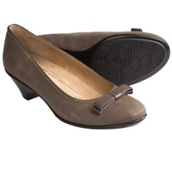 SoftSpots Santessa Pumps - Suede (For Women) in Taupe Grey Suede