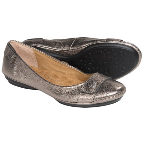 Softspots Satara Leather Flats (For Women)