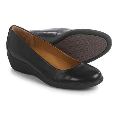 Softspots Savannah Shoes - Leather, Slip-Ons (For Women) in Black - Closeouts