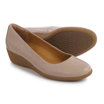 Softspots Savannah Shoes - Leather, Slip-Ons (For Women) in Taupe - Closeouts