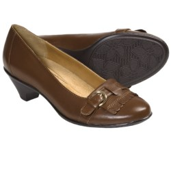 Softspots Solstice Pumps - Leather, Kiltie Accent (For Women) in Tobacco