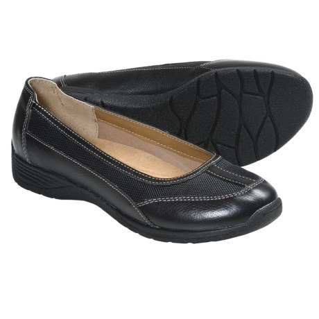 SoftSpots Taite Slip-On Shoes (For Women) in Black