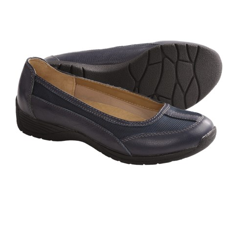 SoftSpots Taite Slip-On Shoes (For Women) in Navy