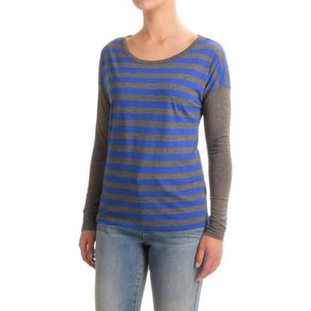 Solid Striped T-Shirt - Scoop Neck, Long Sleeve (For Women) in Navy - 2nds