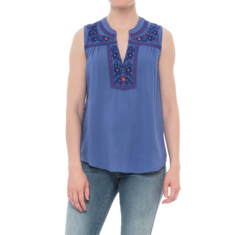 Solitaire Embroidered Split-Neck Shirt - Sleeveless (For Women) in Blue