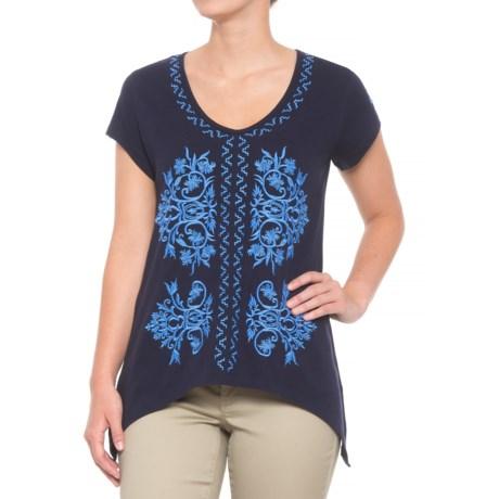Solitaire Shark Bite Embroidered Shirt - V-Neck, Short Sleeve (For Women) in Blue