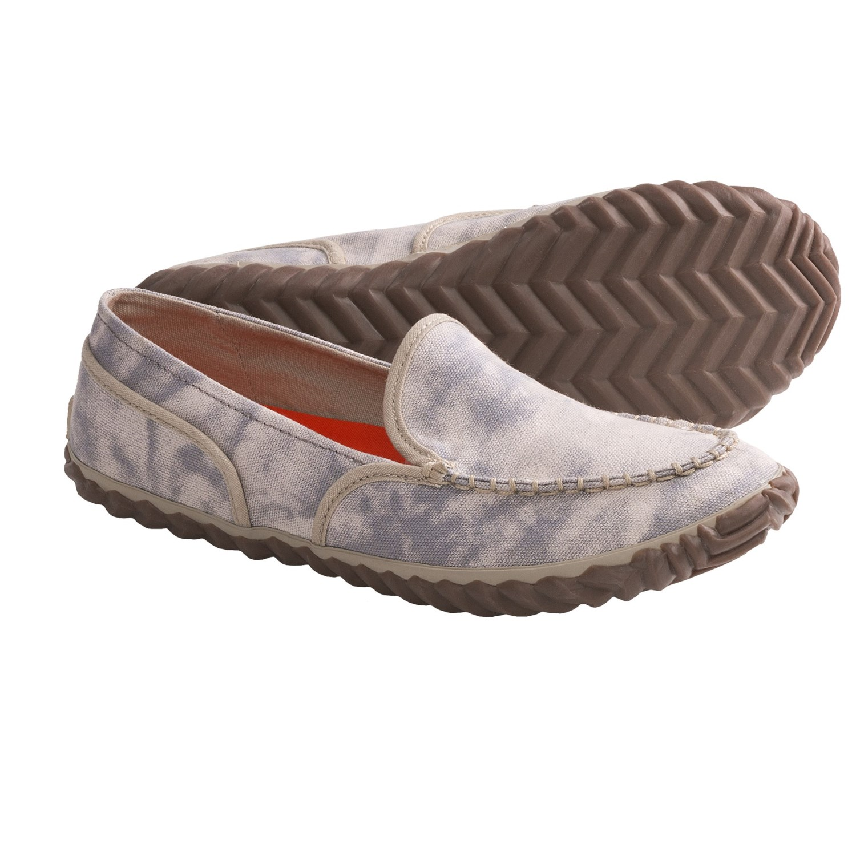 sorel tremblant canvas moc shoes slip ons for