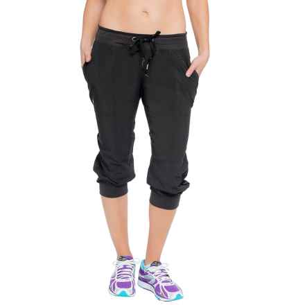 Soybu Julie Capri Joggers (For Women) in Black - Closeouts