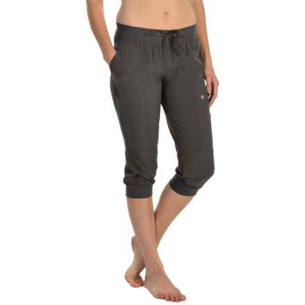 Soybu Julie Capri Joggers (For Women) in Storm - Closeouts