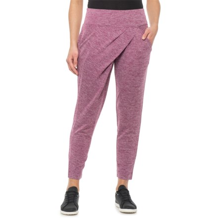 bdb68eacc3831 Women's Activewear: Average savings of 58% at Sierra - pg 7