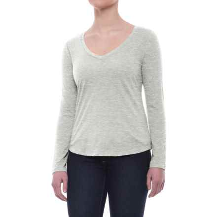 Specially made Relaxed V-Neck Shirt - Long Sleeve (For Women) in Light Grey - 2nds