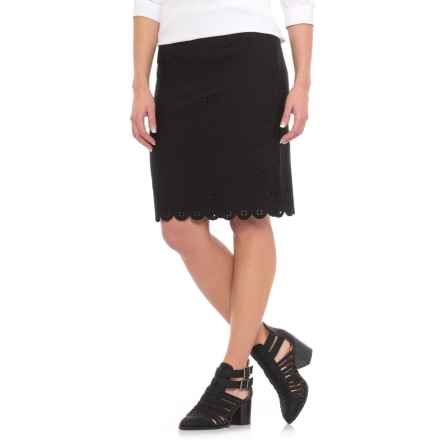 Specially made Straight Laser-Cut Pencil Skirt (For Women) in Black - 2nds