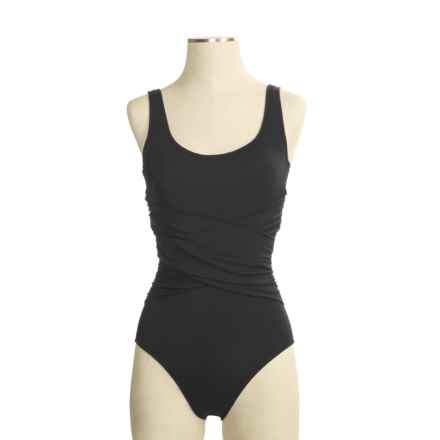 Speedo Solid Criss-Cross Front Swimsuit - Hydro Bra, 1-Piece (For Women) in Black - Closeouts