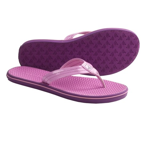 Sperry  Cisco Thong Sandals (For Women) in Pastel Lavender