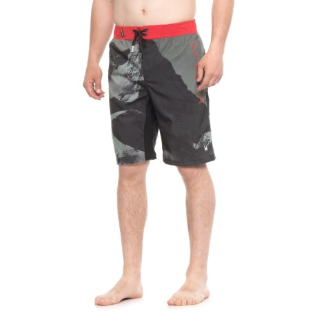 Spyder Mountain Print Boardshorts - Charcoal (For Men) in Charcoal