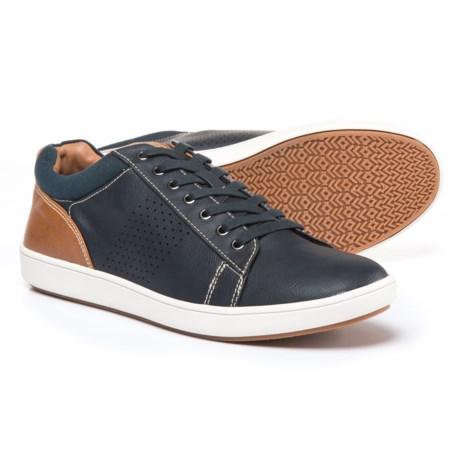 Steve Madden Fisk Sneakers - Vegan Leather (For Men) in Navy