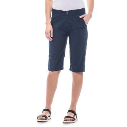 Stillwater Supply Co Poplin Roll-Up Shorts (For Women) in Navy - Closeouts