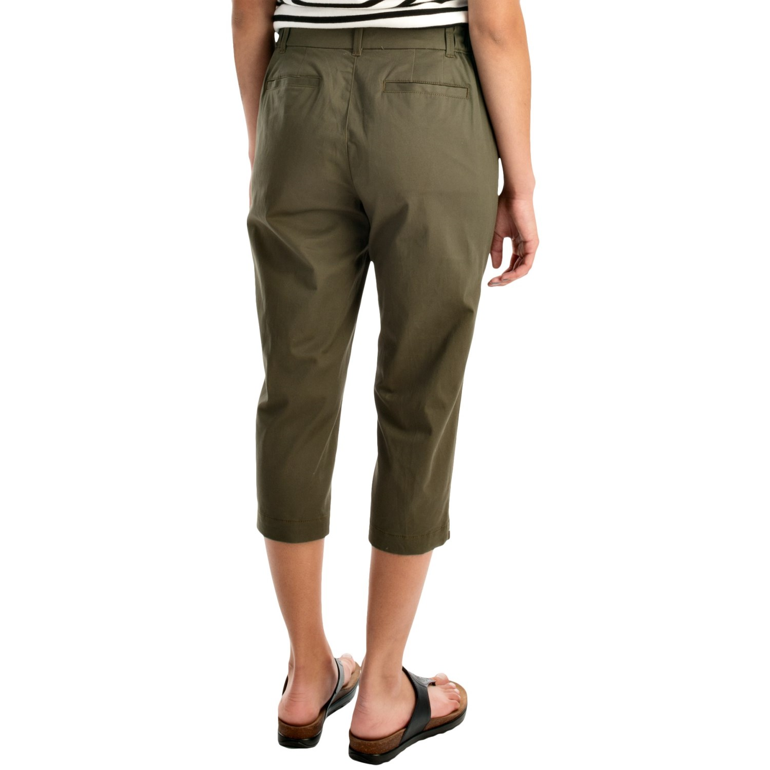 Lastest Newser  Capri Pants Have Befouled The Landscape For Way Too  Try Fulllength Lightweight Linen Or Cotton Pants Instead Theyre Cooler Than Pants What, Your Ankles Are Hottest Part Of Your Body? Youll Be Just As Cool In Slacks Or